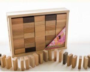 手作り木のドミノ()