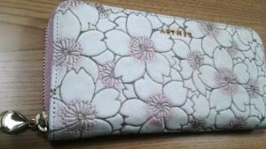 AETHER(エーテル)で可愛いお財布を一目惚れで購入♪プレゼントにも良さそう。